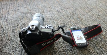 smartphone camera and dslr